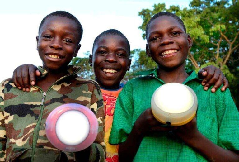 SolarAid lights