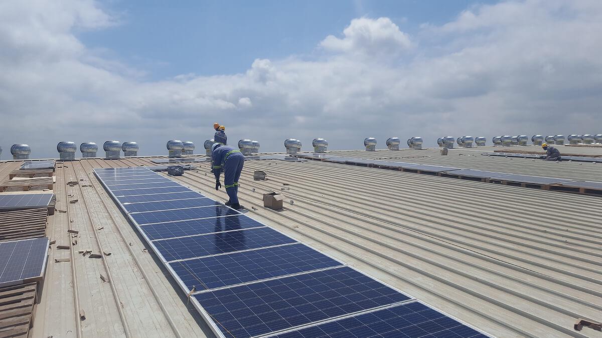 Solarcentury installs 506 kWp hybrid solar PV plant in